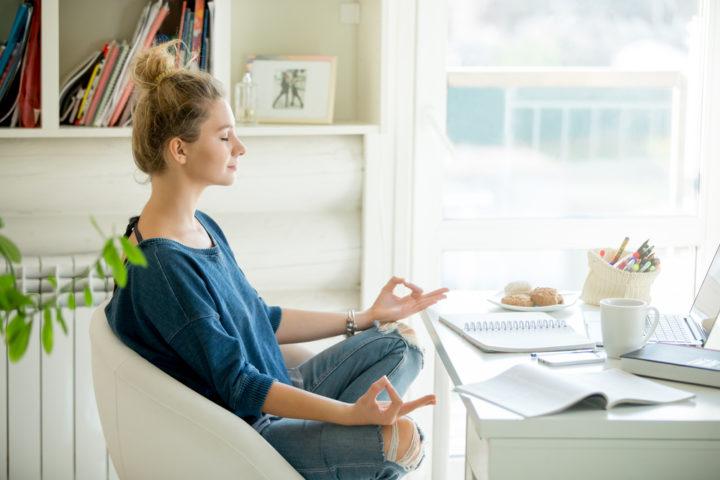 Guided Meditation vs Self-Guided Meditation