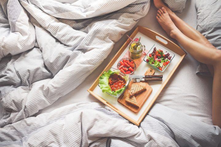 Foods For Good Sleep: 5 Indian Melatonin Rich Foods  That Induce Sleep